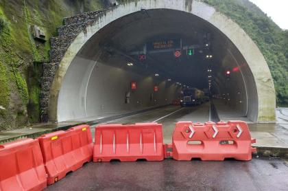 Imagen del túnel que será cerrado en la vía Bogotá-Villavicencio; el 27 de octubre