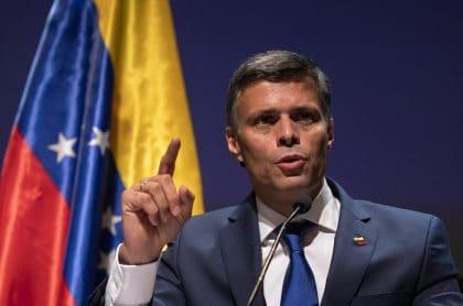 Leopoldo López, en rueda de prensa donde aclaró si su fuga fue pactada entre Venezuela y España.