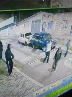 Imágenes del asesinato de un hombre que refleja la disputa entre bandas en el sur de Bogotá