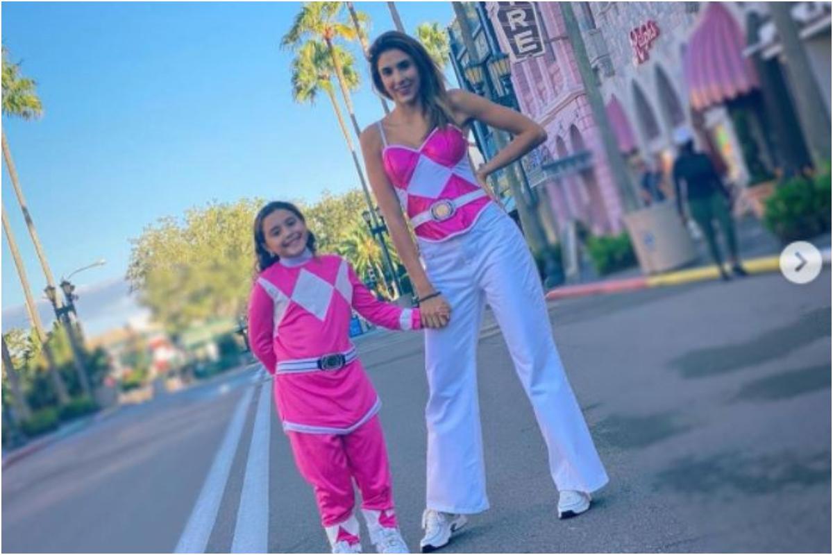 Daniela Ospina y Salomé Rodríguez disfrazadas