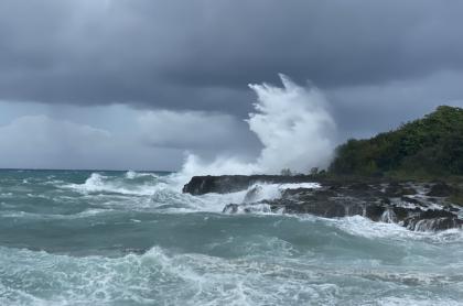 San Andrés, a la espera del huracán Eta, que podría golpear la isla fuerte
