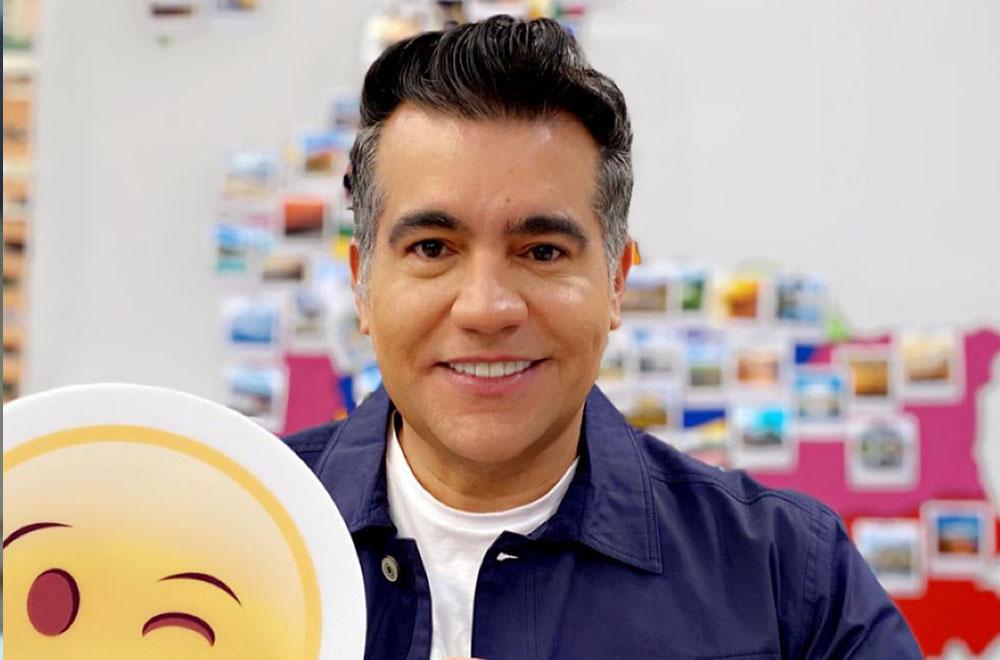 Carlos Calero es comunicador social y periodista y además tiene una especialización en Opinión Pública y Marketing Político.