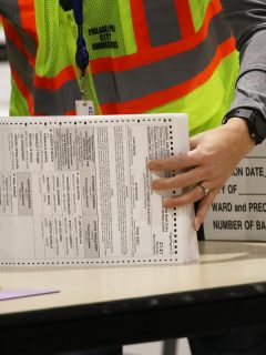 Papeletas de votación de las elecciones Estados Unidos 2020.