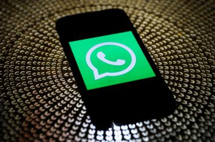 Foto ilustrativa de WhatsApp con sus nuevos mensajes temporales.