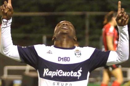 Johan Carbonero denunciado por acoso sexual en Argentina. Imagen de referencia del jugador.