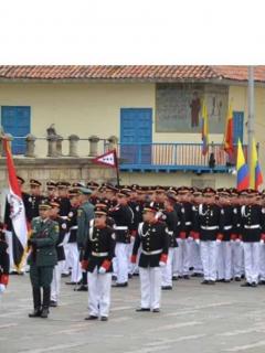 Colegio Militar Simón Bolívar se acaba en Bogotá por cuenta de la crisis.