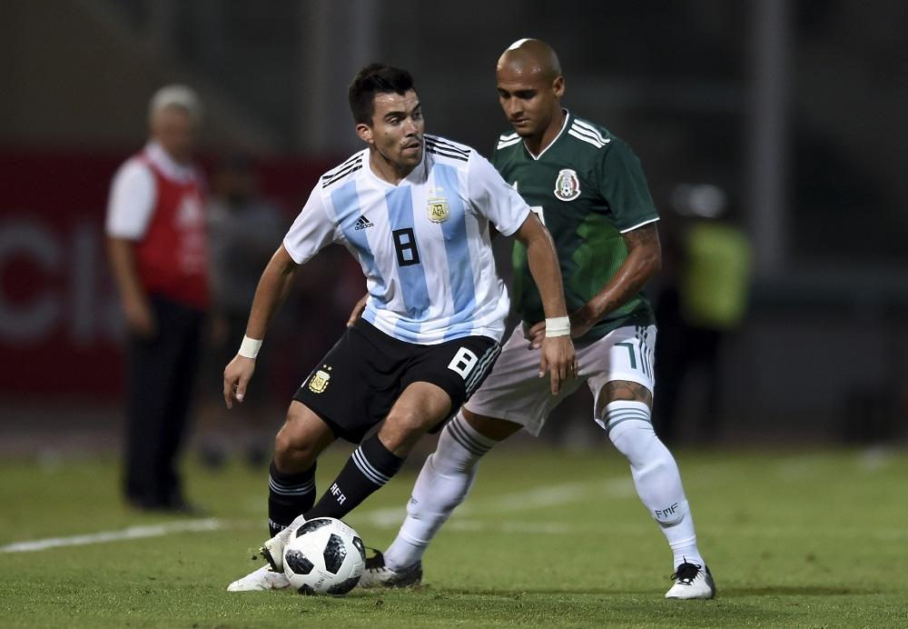 Eliminatorias sudamericanas: imagen de Marcos Acuña, quien no estará en las fechas 3 y 4.