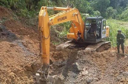Imagen del lugar en que mineros quedaron atrapados por derrumbe en Barranco de Loba, Bolívar