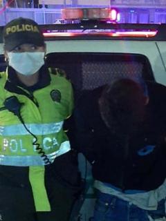 El agresor de una funcionaria de Transmilenio fue identificado como Edison Valenzuela, y sería reincidente.