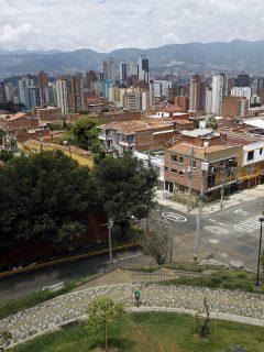 Imagen de Medellín, que tendrá toque de queda y ley seca en este puente festivo