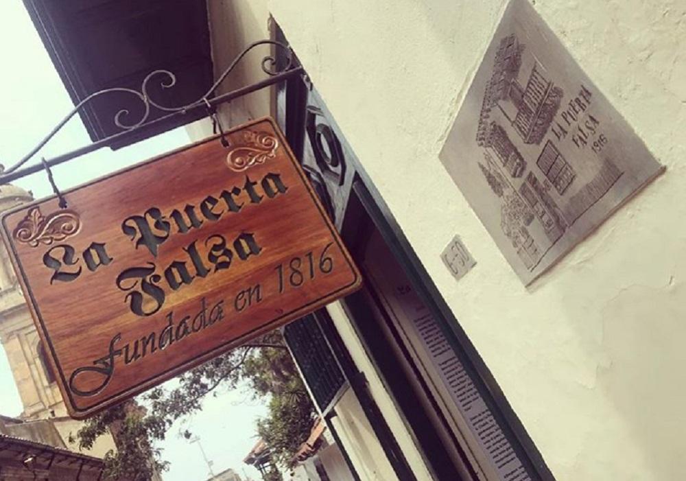 La Puerta Falsa es otro icónico restaurante que tuvo que cerrar sus puertas (temporalmente) por el coletazo económico y la imposibilidad de cubrir gastos en pandemia / Imagen tomada de la cuenta de Instagram lapuertafalsaoficial.
