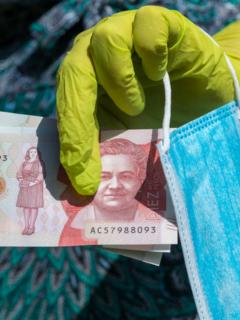 Centrales obreras piden más de un millón de pesos como salario mínimo para 2021.