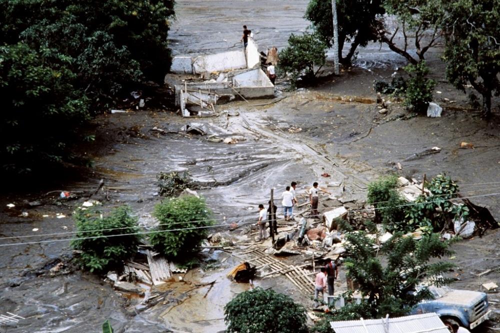 La tragedia dejó 25 mil muertos, unas 230 mil personas afectadas en 13 municipios de Tolima y en 4 de Caldas, más de 5 mil viviendas destruidas y pérdidas por cerca de 246 millones de dólares / AFP.