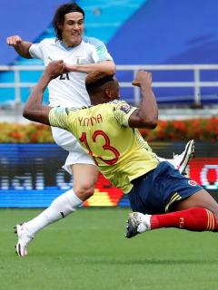 Error de Mina y gol de Cavani en Colombia-Uruguay; Eliminatorias