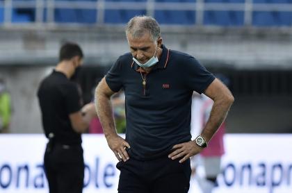 El técnico Carlos Queiroz lamentó la derrota, pero la vio como un aprendizaje.