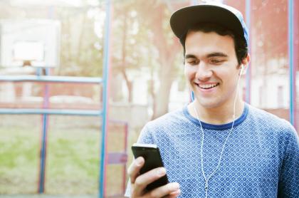 Hay cada vez más alternativas para oír música en internet.