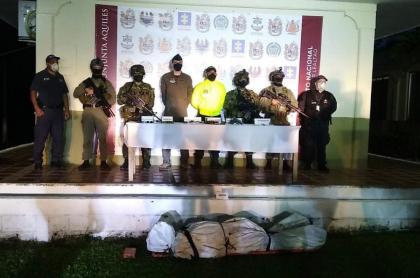 Agentes de la Fiscalía luego de confirmar la muerte de 'Caín', jefe de la organización criminal Los Caparros.