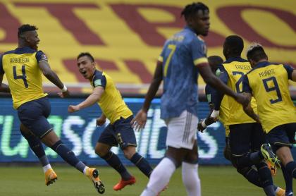 Eliminatorias: Camilo Vargas se golpea antes de Ecuador-Colombia. Foto del partido.