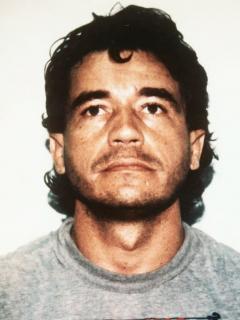 Fotos de Carlos Lehder y Pablo Escobar, quienes fueron narcotraficantes de Colombia, ilustra nota sobre la vida de Carlos Lehder en Alemania y si tiene problemas de salud.