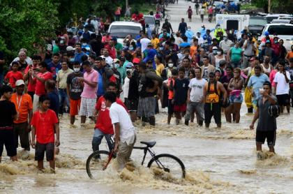 Aunque se refiere principalmente a Centroamérica, la OPS advirtió sobre el efecto que tendría la emergencia climática en medio de la pandemia.