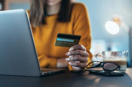Hacer compras en el último día sin IVA del año se convirtió en un calvario para muchos compradores virtuales.
