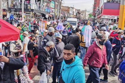Foto de cómo está San Victorino, en Bogotá, durante el tercer día sin IVA.