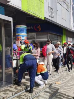 Con aglomeraciones en el centro de Bogotá, tercera jornada del día sin IVA dejó grandes resultados en materia de ventas.