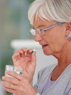 La Asociación Colombiana de Farmacología volvió a pedir que se evite el consumo indiscriminado de medicamentos para evitar o tratar el COVID-19.