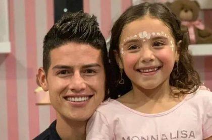 James Rodríguez y su hija Salomé, quien estudia en un costoso colegio en Miami (Estados Unidos)