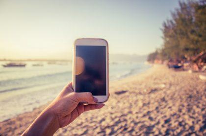 Imagen de referencia de conexión a internet en la playa.
