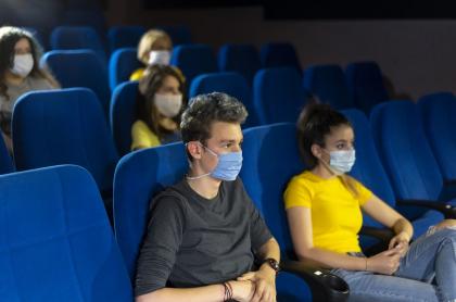 Este jueves 26 de noviembre abrirán las primeras salas de cine durante la pandemia en Colombia.