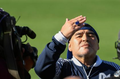 Diego Maradona, a quien personalidades del fútbol mandan mensajes de despedida tras enterarse de su muerte