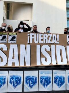 Cubanos residentes en Barcelona, España, se manifiestan en apoyo al movimiento San Isidro de La Habana, el 24 de noviembre de 2020.