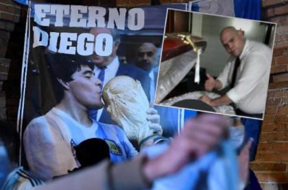 Dueño de funeraria habla de las fotos que se tomaron Diego Molina y dos trabajadores más con el cuerpo sin vida de Diego Maradona