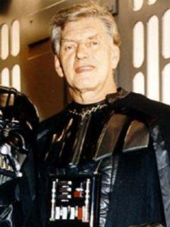 Dave Prowse, quien falleció e a los 85 años, durante las grabaciones de Star Wars.