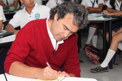 Sergio Fajardo tendrá que responder por el escándalo de Hidroituango.