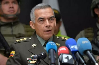 General Óscar Atehortúa, director de la Policía Nacional, cuya investigación por presunta corrupción en proceso por casas fiscales fue archivado por la Fiscalía.