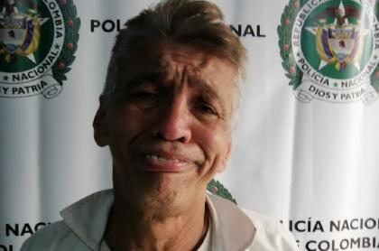 Capturado que hizo mueca en reseña policial