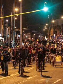 Alcaldía de Bogotá cancela ciclovía nocturna de diciembre