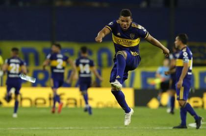 Boca Juniors vs Internacional: pese a autogol de Fabra, Boca pasó