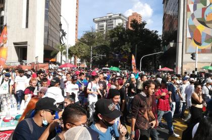 Marcha de la marihuana en Medellín, con cero protocolos de bioseguridad.
