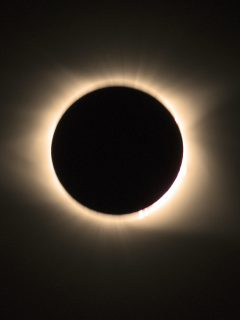 Eclipse de Sol de 2017 para ilustrar nota sobre efectos del eclipse total de Sol del 14 de diciembre de 2020