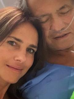 Papá de Paola Turbay tiene COVID-19; ella pide ayuda.