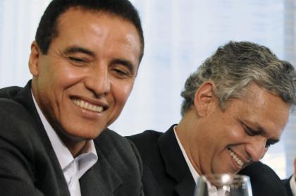 Alexis Mendoza llegaría con Reinaldo Rueda a la Selección Colombia. Imagen de referencia de los 2 entrenadores.