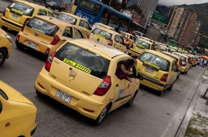 Taxis en Colombia acabarían con los cupos en 2021.