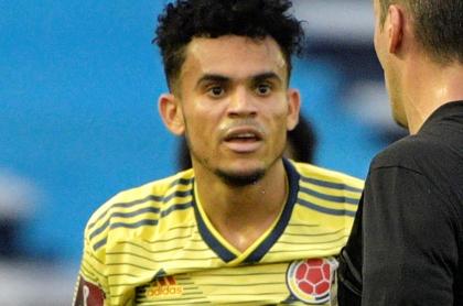 Luis Díaz niega pelea James-Muriel y complot para sacar a Queiroz. Imagen de referencia del jugador guajiro con la Selección Colombia.