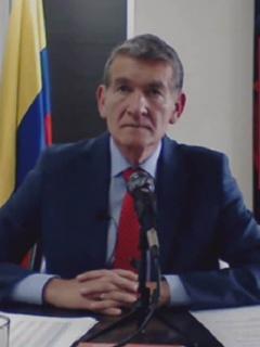 Ángel Custodio Cabrera y Alberto Carrasquilla, ministro de Trabajo y Hacienda que tendrían diferencias por salario mínimo del 2021.