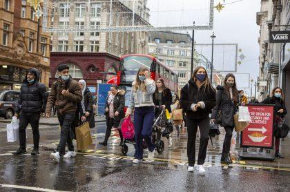 Londres, Reino Unido, donde nueva cepa del COVID-19 se propapga más rápido.