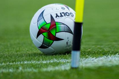 Equipo rechazó 120 millones para perder en el fútbol colombiano. Imagen de referencia del balón del fútbol colombiano.