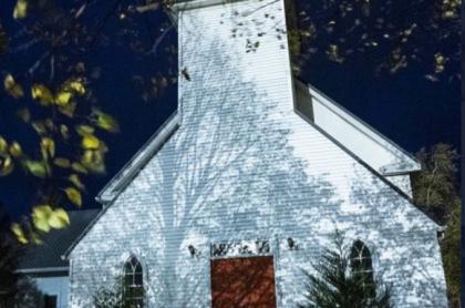 Iglesia comprada por la Asatru Folk Assembly en Murdock, Minnesota (Estados Unidos).